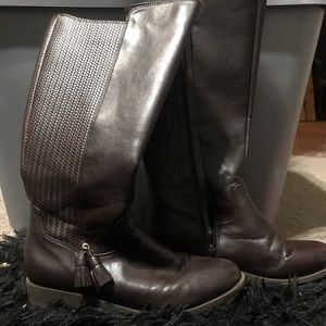 Shoes - Girls brown riding boots